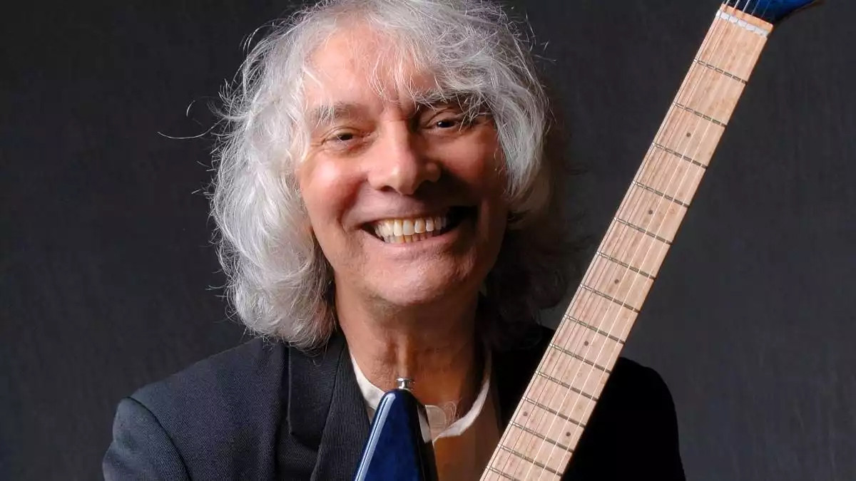 January 22 @ 11:00 AM (PDT)   MoMM@Home: Albert Lee - Rockin' the Electric Guitar